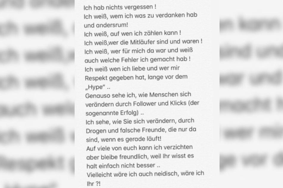 Bonez MC schrieb seinen 1,8 Millionen Followern bei Instagram.