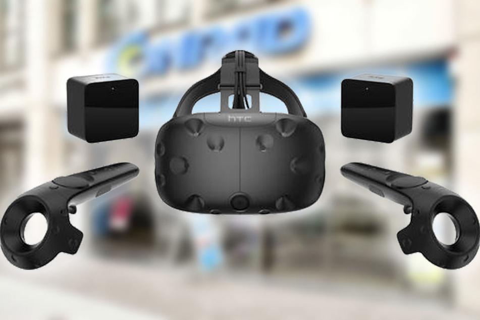 Für nur 699 Euro: HTC VR-Brille mit zwei Wireless Controller und zwei Basisstationen.