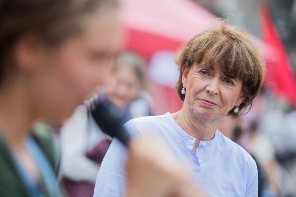 Henriette Reker (parteilos) ist gegen einen Ausbau des Geißbockheims mit weiteren Trainingsplätzen im Grüngürtel.