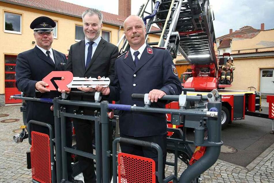 Stadtwehrleiter Manfred Schulz will seine alte Drehleiter loswerden.