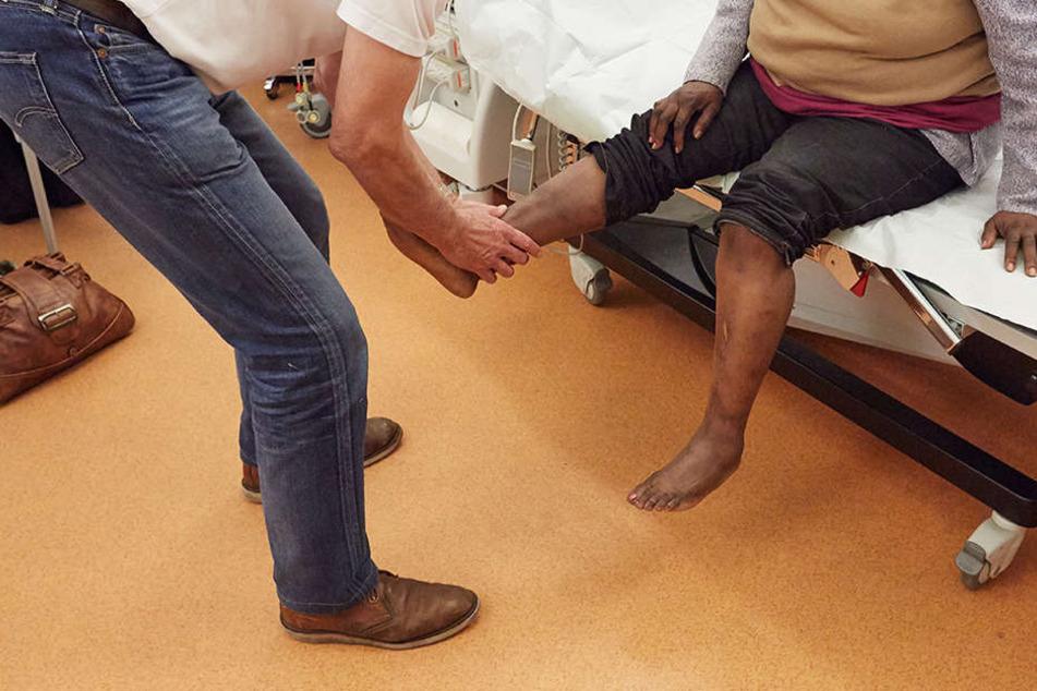 Behandlung von Flüchtlingen: Ärzte bleiben auf Kosten sitzen