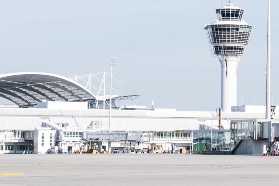 Am Flughafen München könnte ein Abschiebegefängnis entstehen.