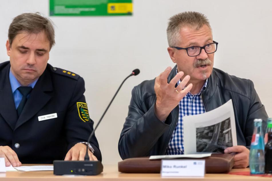 Polizeidirektor Dirk Heide und Ordnungsbürgermeister Miko Runkel wollen für die Sicherheit aller Veranstaltungen sorgen.