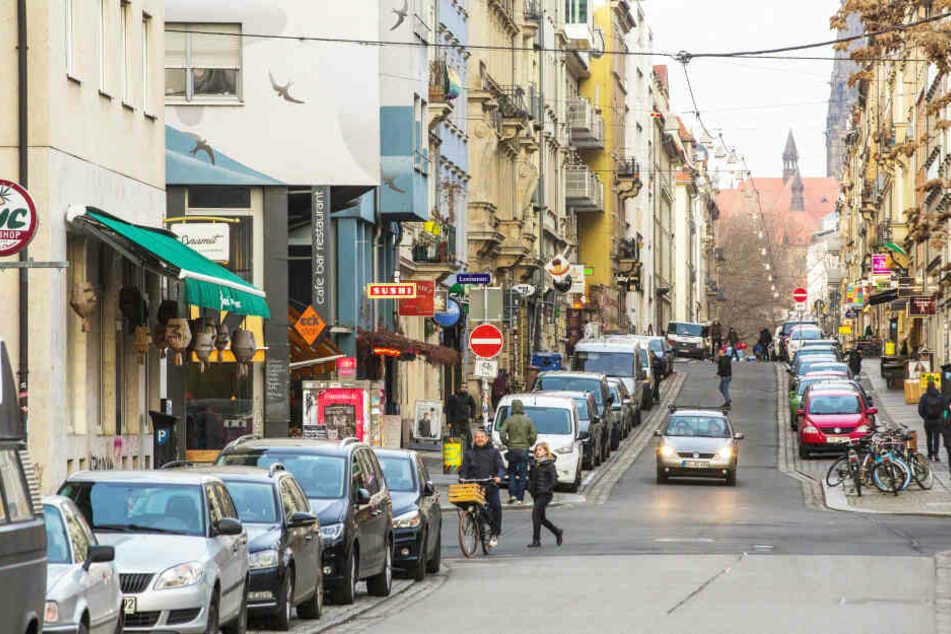 Eine Woche lang soll die Neustadt autofrei werden, alle Parkplätze müssten geräumt werden.