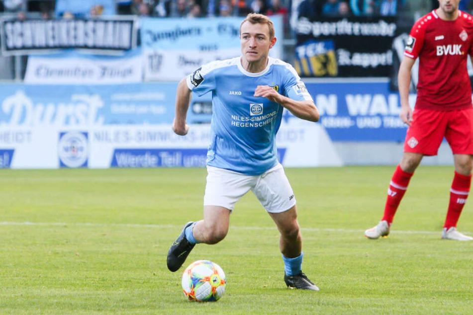 Daniel Bohl hat unter Trainer Patrick Glöckner keine einzige Spielminute verpasst. In Braunschweig wird der Mittelfeld-Malocher erstmals fehlen. Nach fünf Mal Gelb ist Bohl gesperrt.