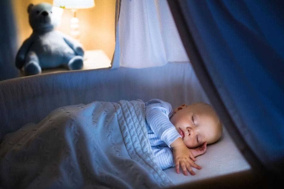 10 Monate altes Baby vertreibt Einbrecher in die Flucht