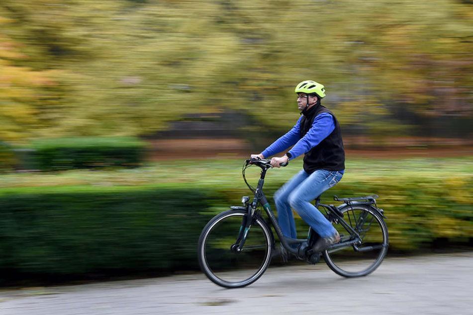 Der Mann hatte sein Fahrrad zum Verkauf angeboten gesehen und vereinbarte ein Treffen mit den Dieben. (Symboldbild)