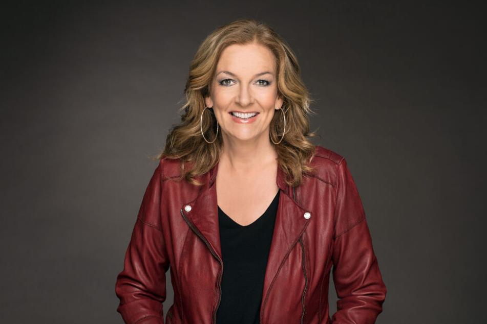 Bettina Tietjen moderiert die NDR Talk Show.