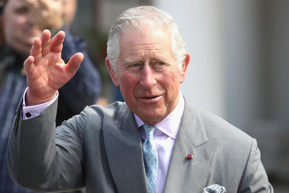 Thronfolger Charles rief Meghan und Kate angeblich zur Raison.
