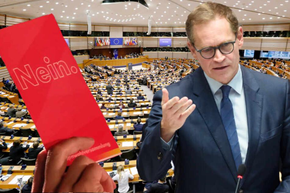 Berlins SPD-Chef Michael Müller (53) will Rechtspopulisten im Europaparlament die Rote Karte zeigen. (Bildmontage)