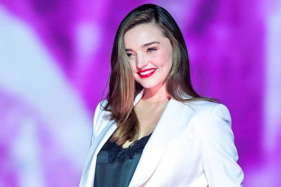 """Sie stresst sich nicht und sieht trotzdem bezaubernd aus: Ex-""""Victoria's Secret""""-Engel Miranda Kerr (35)."""
