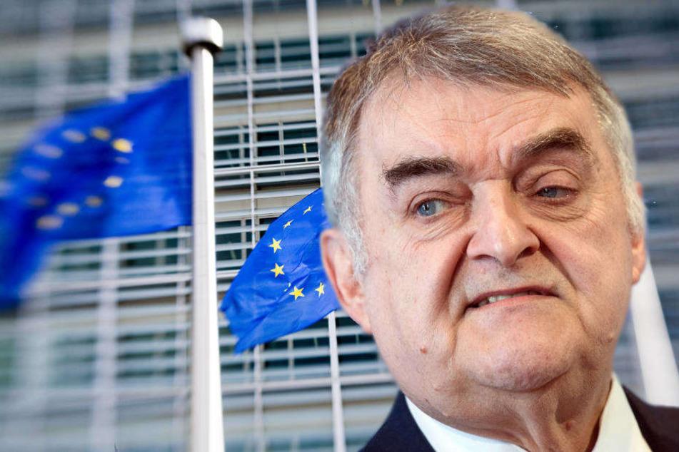 NRW-Innenminister fordert von der Bundesregierung, dass sich die Bürokratie bei der Umsetzung der neuen Regeln in Grenzen halte.