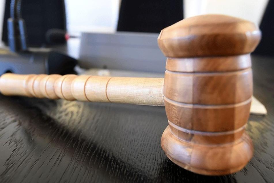 Der Täter bekannte sich vor Gericht schuldig (Symbolbild).