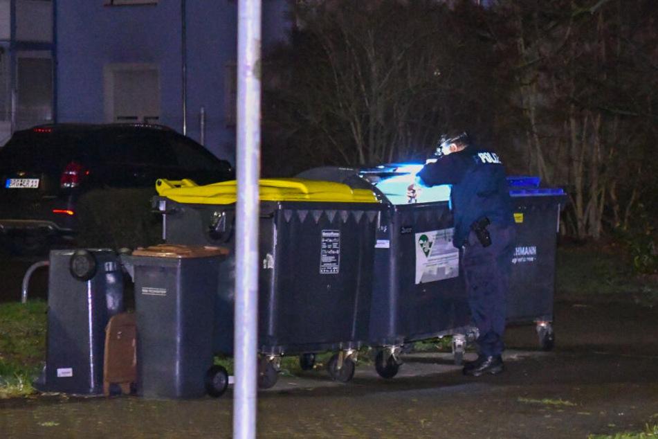 Nach der blutigen Tat wurde der Tatortnahbereich gründlich abgesucht.