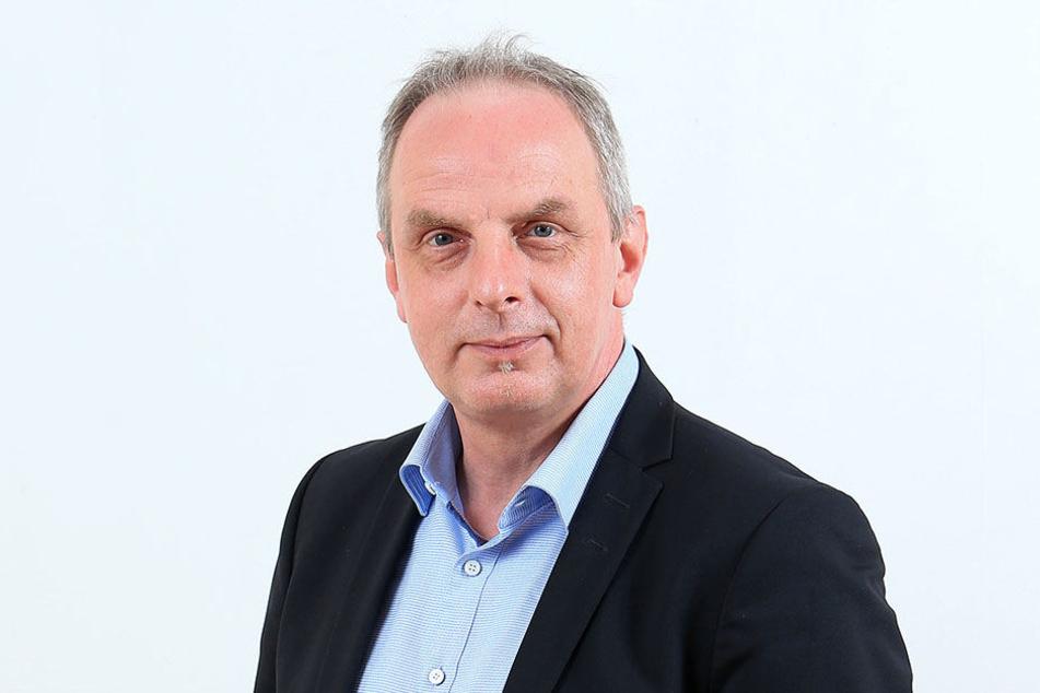 Detlef Müller (53, SPD) will die zweispurige Nutzung des Überfliegers  auf den Weg bringen.