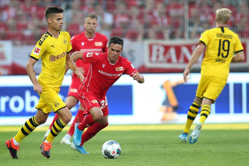 Sechser unter sich: Dortmunds Julian Weigl und Unions Manuel Schmiedebach.