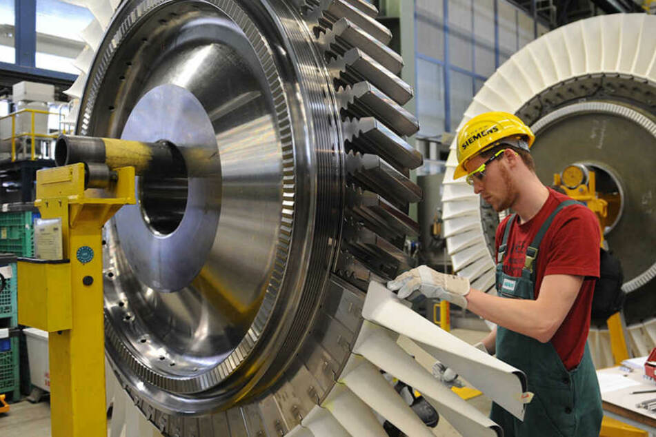 Im Berliner Gasturbinenwerk sollen etwa 300 Arbeitsplätze gestrichen werden.