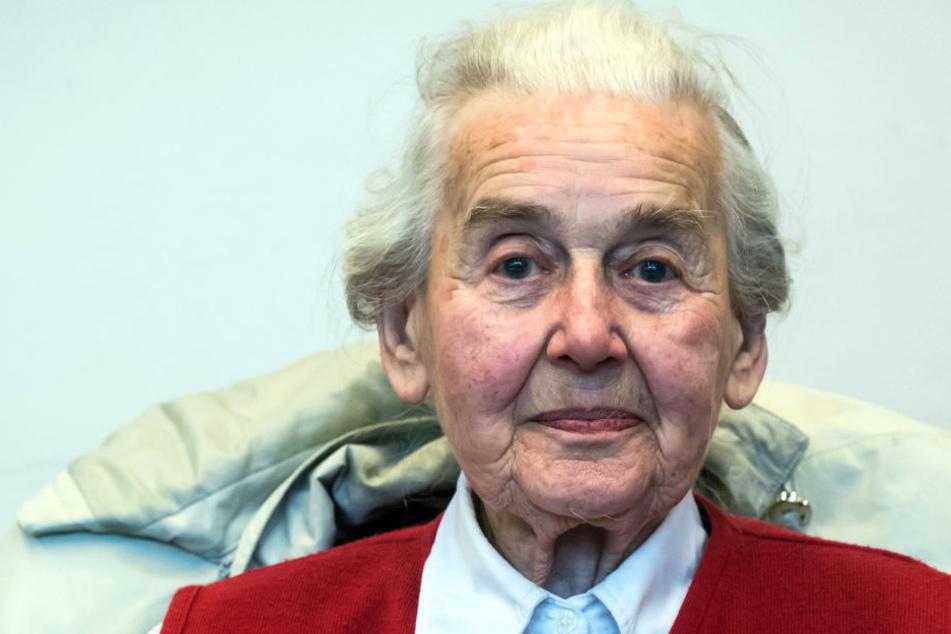 Wird nach Ursula Haverbeck gefahndet?