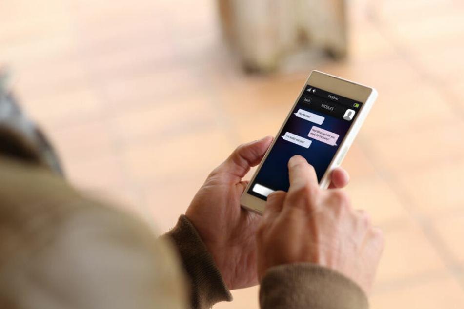Beliebter als Telefonieren ist das Verfassen von Nachrichten. (Symbolbild)