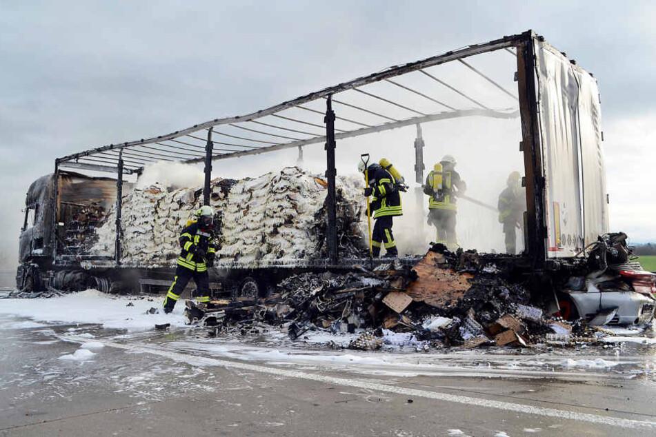 Nach tödlichem Unfall: A38 immer noch dicht