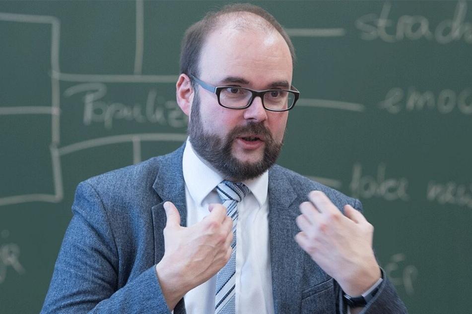 Minister Christian Piwarz (43, CDU).