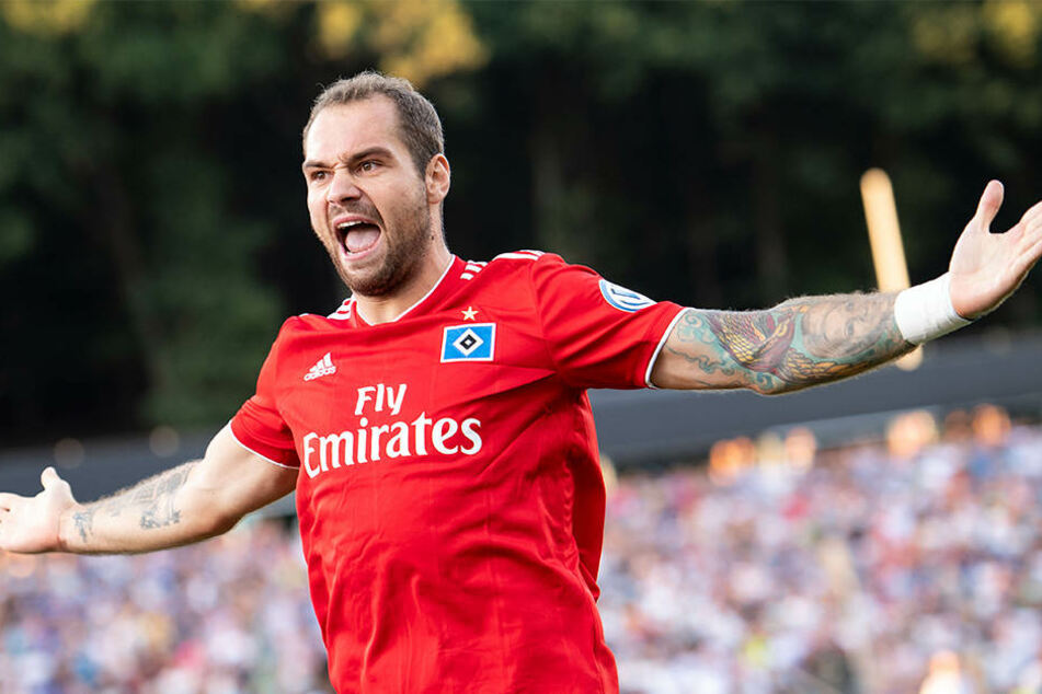 Eingewechselter Doppelpacker: Pierre-Michel Lasogga erzielte für den HSV zwei Tore in zwei Minuten.