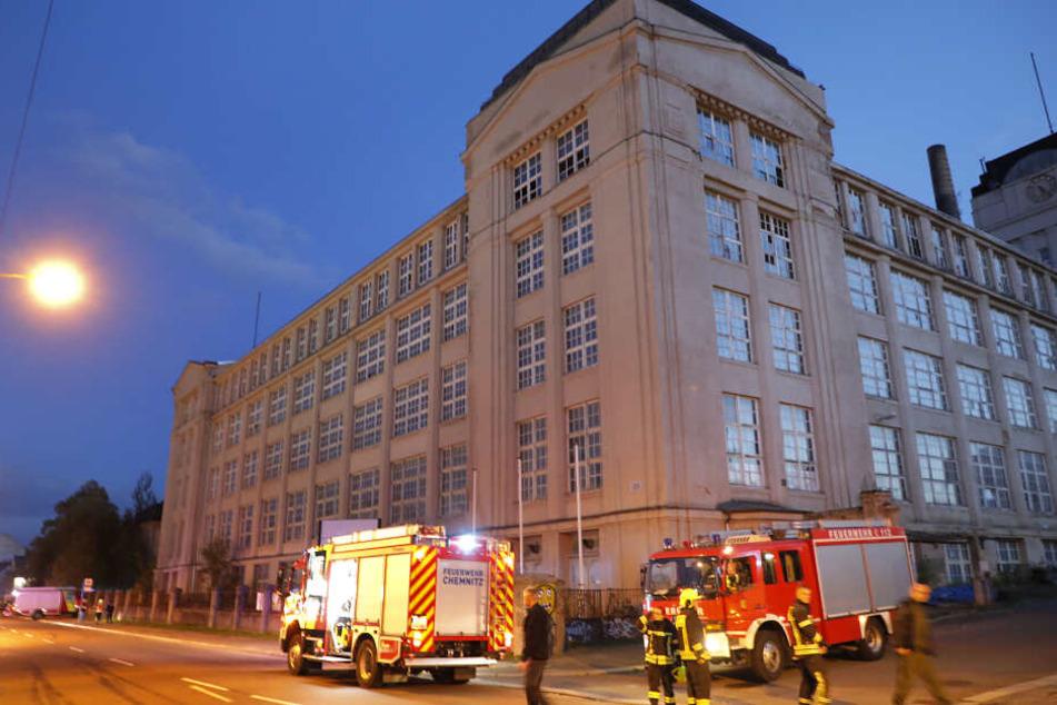 Chemnitz: Feuerwehr-Einsatz: Brand in den ehemaligen Wanderer-Werken?