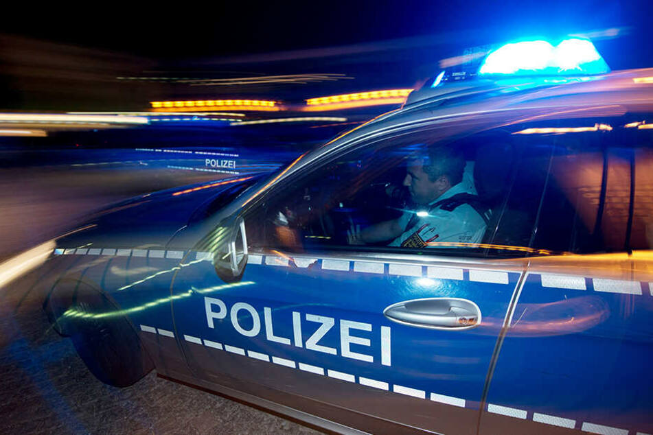 Eine 37-jährige Leipzigerin rief aus Not die Polizei. Plötzlich geriet sie selbst ins Fadenkreuz. (Symbolbild)