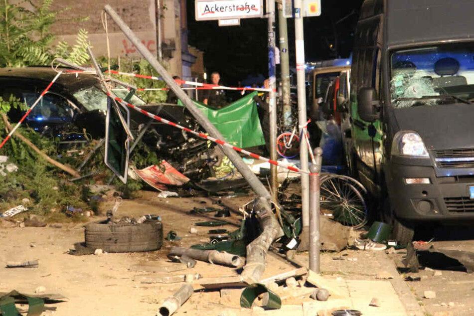 Vier Personen sind bei dem Unfall ums Leben gekommen.