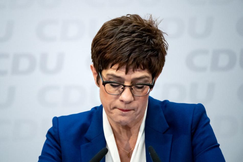 Annegret Kramp-Karrenbauer bei einer Pressekonferenz am Montag.