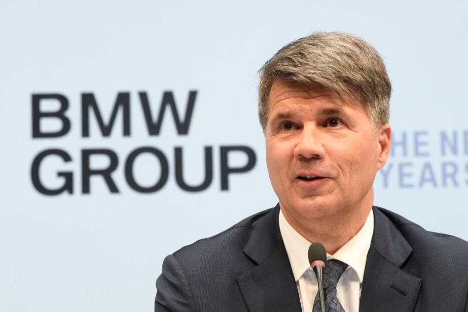 BMW-Chef Krüger schmeißt hin: Wer wird der neue Boss des Autobauers?