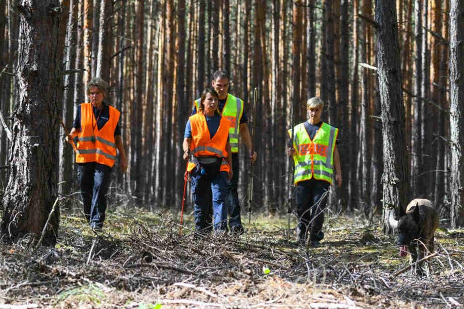 Zuletzt suchte die Polizei in einem Waldstück in der Nähe von Storkow.
