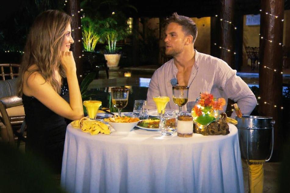 Das Candle-Light-Dinner mit Wio endete leider wenig romantisch.