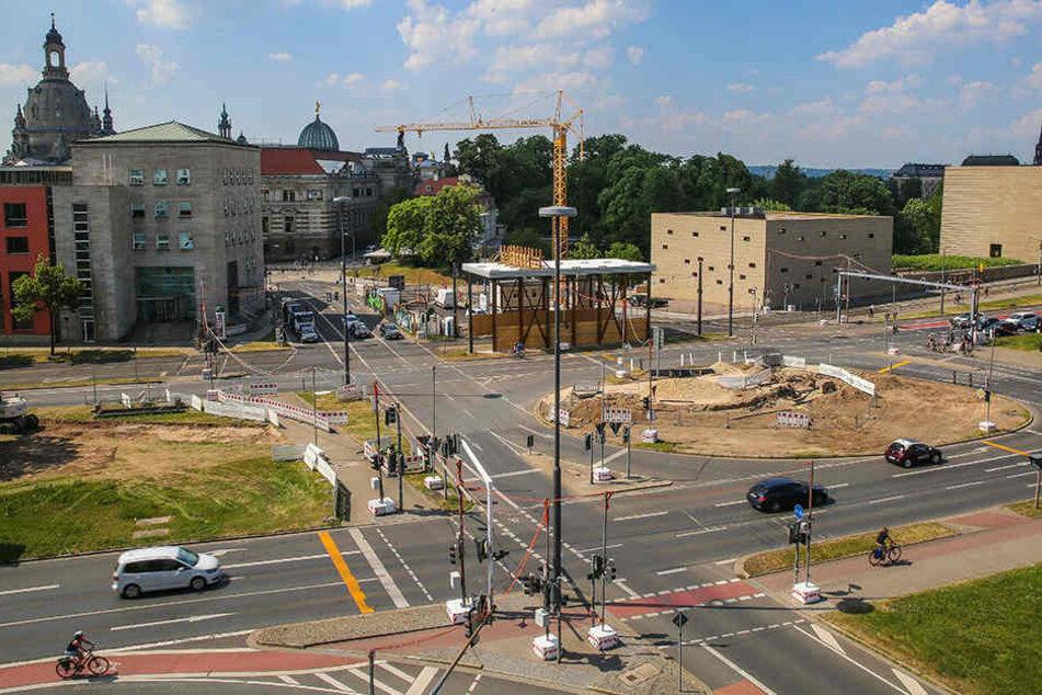 Spektakuläre Baustelle: Dresden errichtet Staudamm UNTER Rathenauplatz