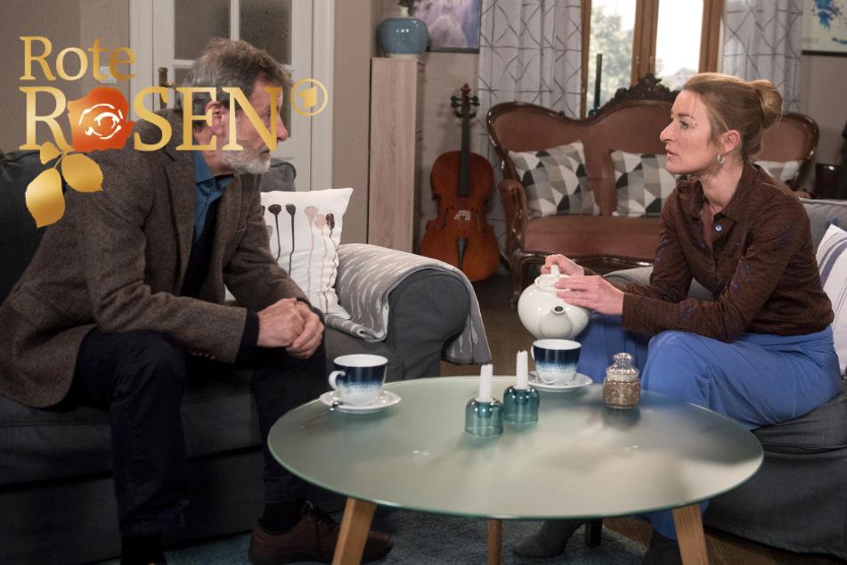 """""""Rote Rosen"""": Gunter bittet Carla um einen Freundschaftsdienst, der sie nicht kalt lässt."""