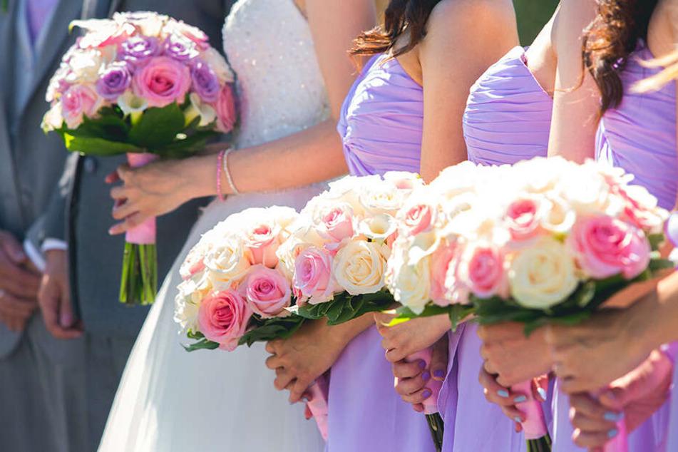 Braut und brautjungfern mantel