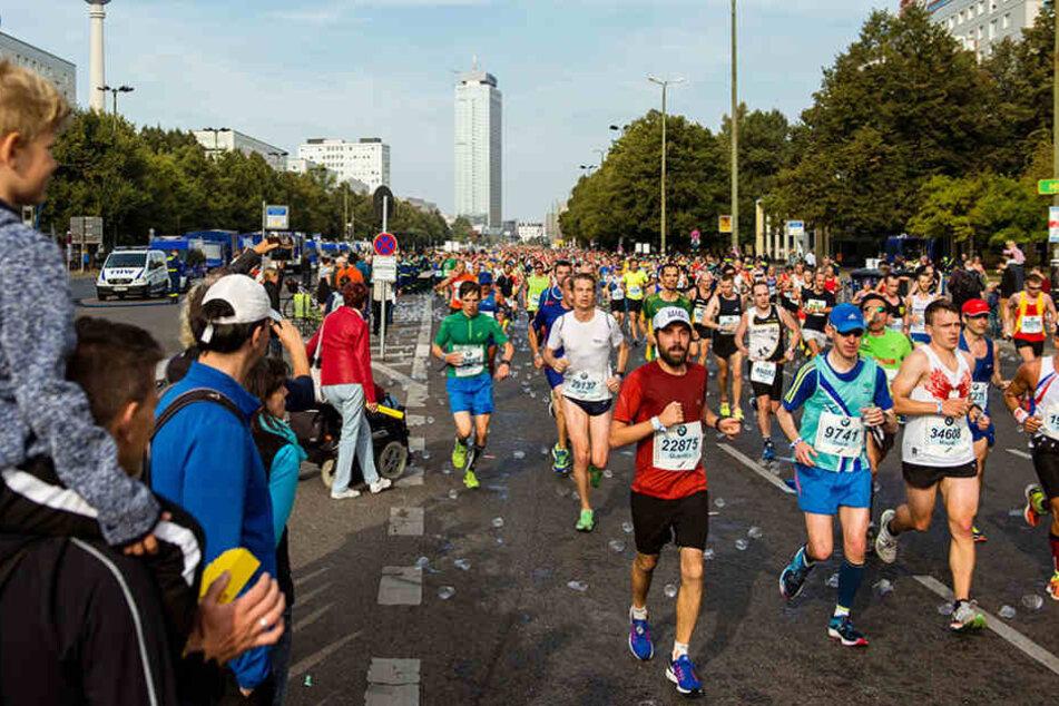 Der Berlin-Marathon behindert, durch Straßensperrungen, den Gang zur Wahl.