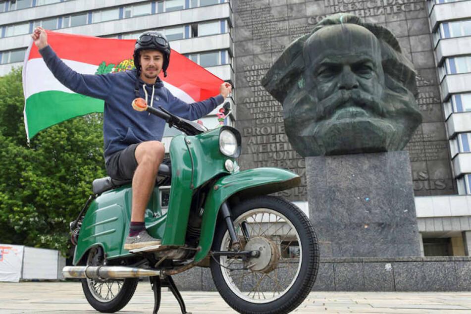 Er startete mit seiner Schwalbe in Chemnitz.