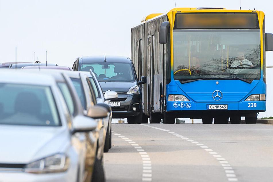 Falschparker behindern Busse und zwingen CVAG zu Umwegen