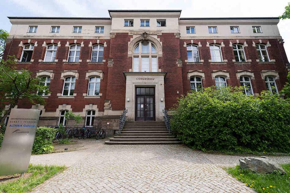 An der TU Dresden wird zum Alkohol-Trinkverhalten geforscht.