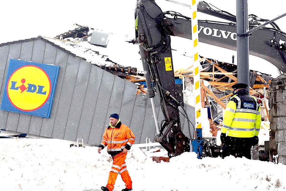 Im Eissturm: Plünderungen bei Lidl!