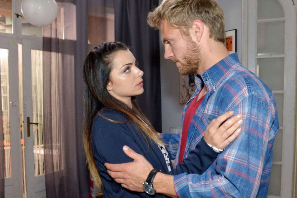 Die Beziehung von Emily und Paul wird auf eine harte Probe gestellt.