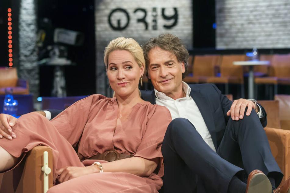 Judith Rakers und Giovanni di Lorenzo, Moderatoren der Radio Bremen-Talkshow 3nach9.