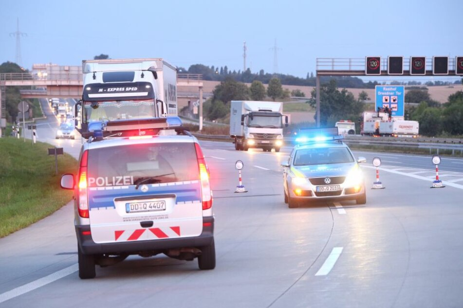 Die Überfahrt zur A17 war am Morgen gesperrt.
