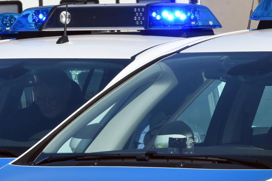 Die Autofahrerin hatte wenig Verständnis für die Polizeistreife übrig. (Symbolbild)