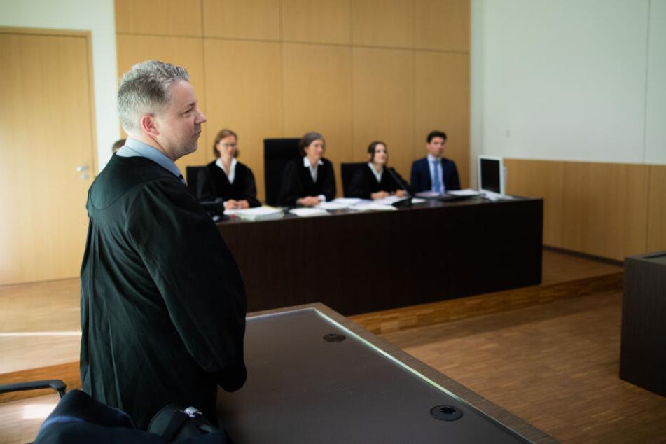 Bei dem Rechtstreit vor Gericht am Mittwoch in Düsseldorf war der Rapper nicht persönlich dabei.