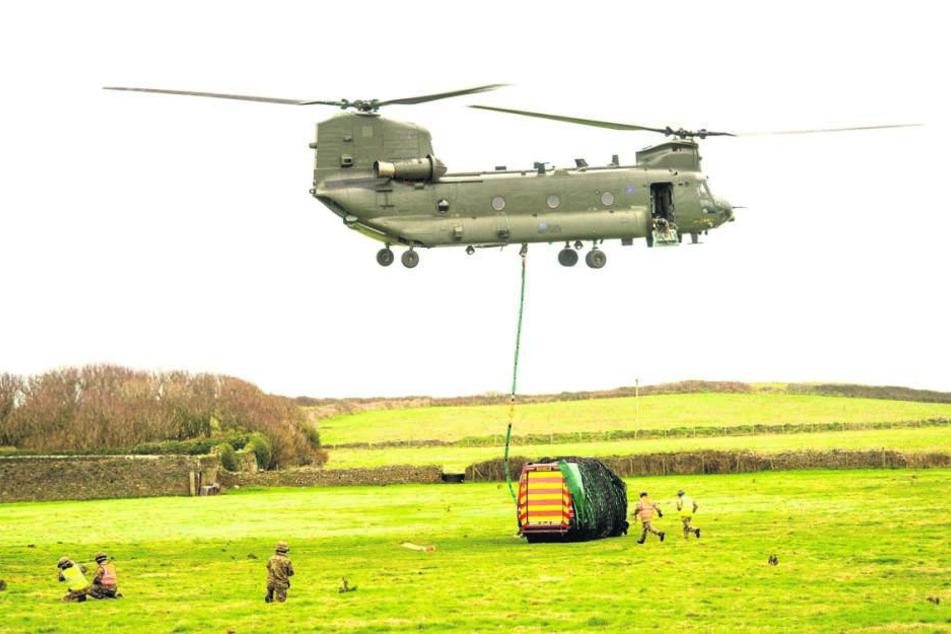 """""""Fliegende Banane"""": Der legendäre Chinook-Helikopter ist schon seit Jahrzehnten Lastesel beim US-Militär."""