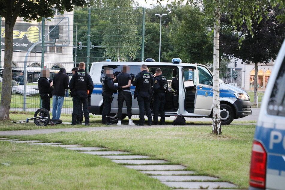 Die Polizei kontrollierte im Konkordiapark mehrere Jugendliche.