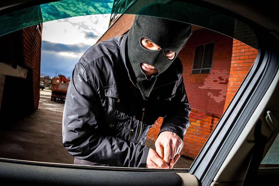 Autodiebe klauten bundesweit mindestens 50 Fahrzeuge