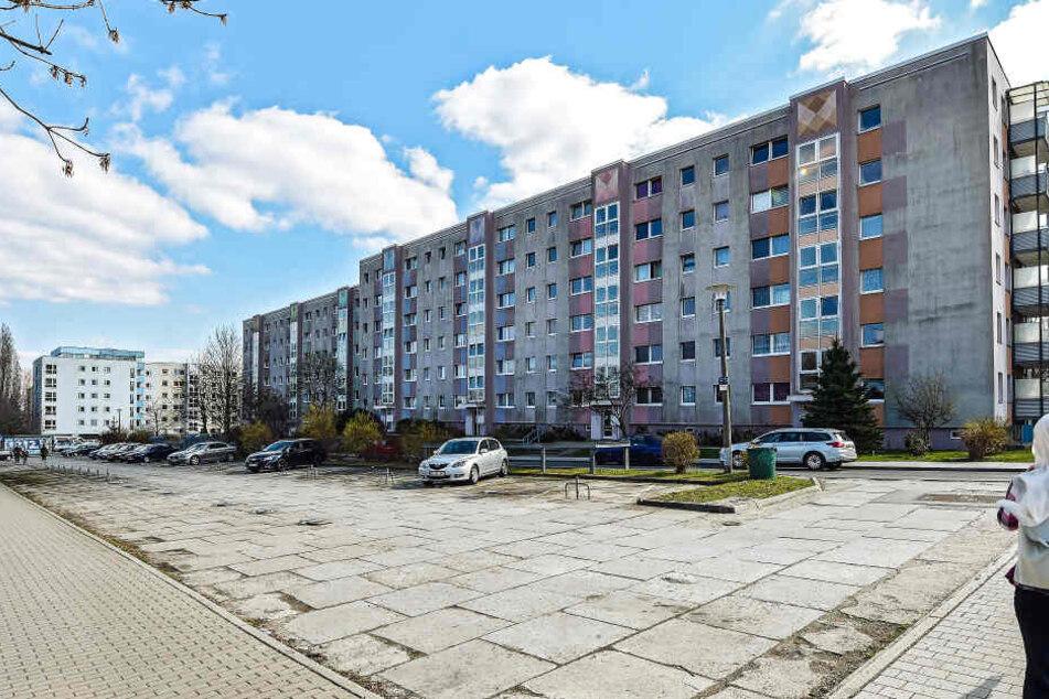 Brutaler Überfall auf Jugendlichen wegen 10 Euro in Dresden-Gorbitz